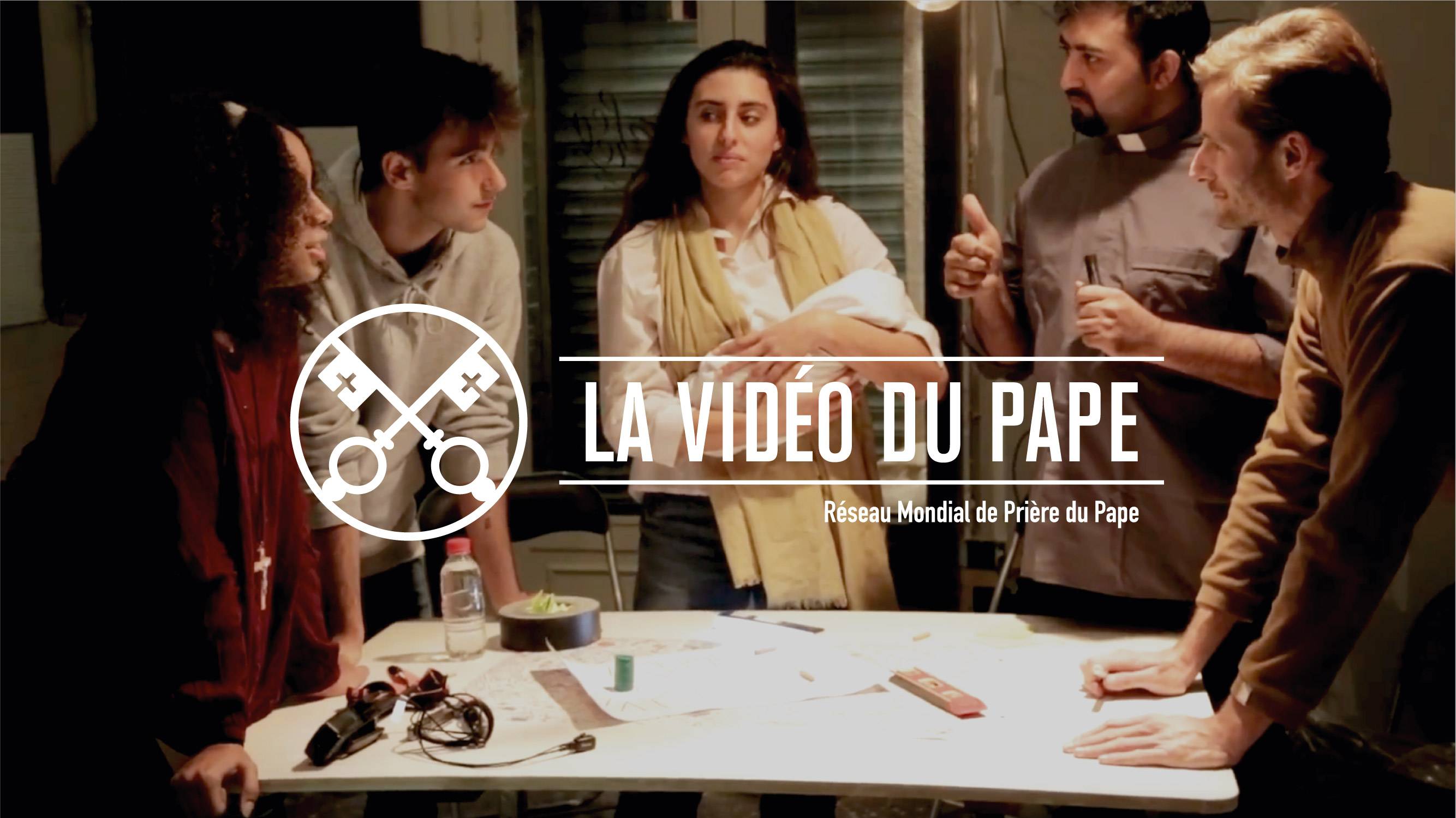La Vidéo du Pape de décembre: l'écoute, clef du Pape François pour communiquer la foi