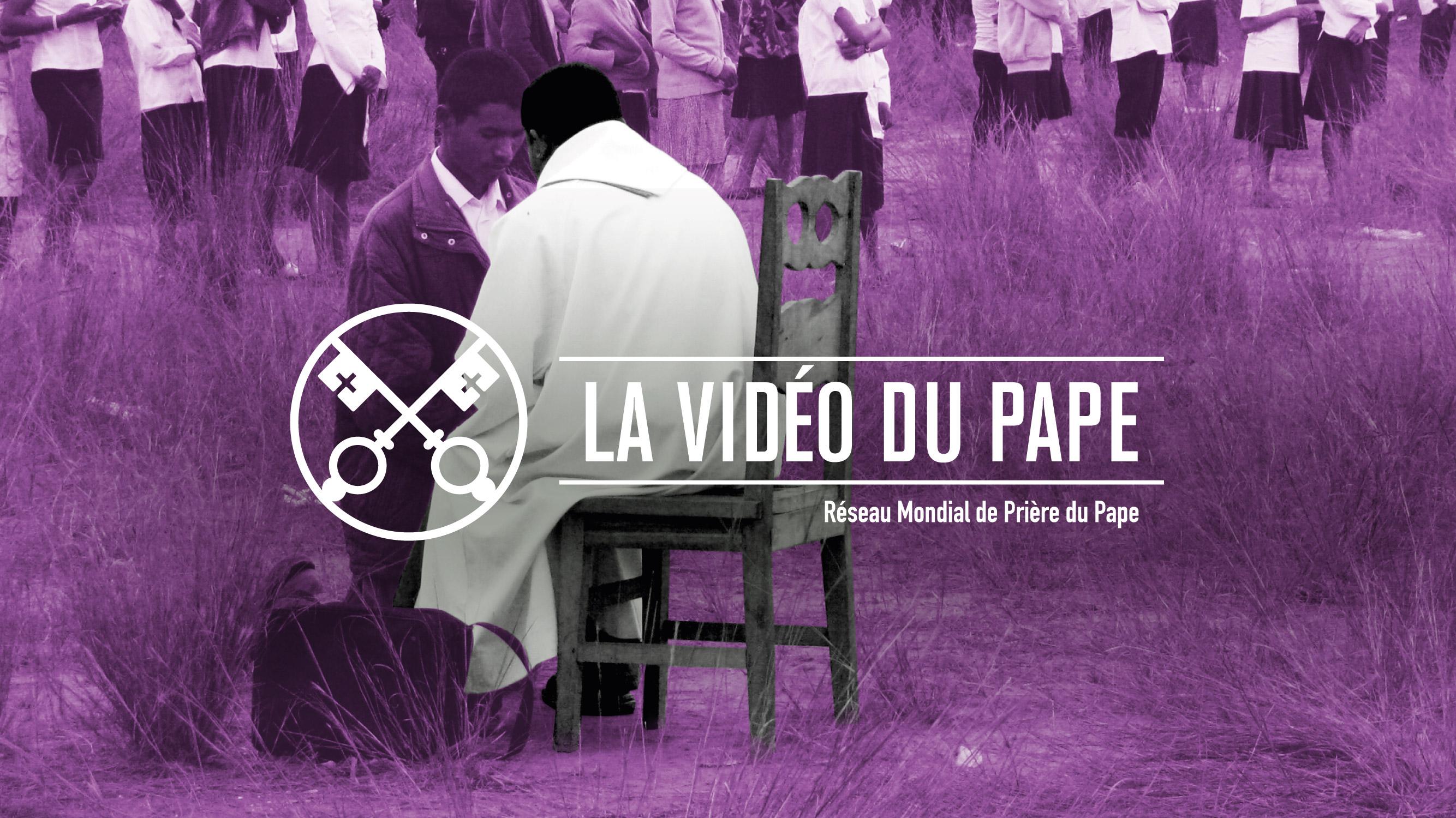 Le Saint Père nous invite à regarder les prêtres qui travaillent dans chacunede nos communautés